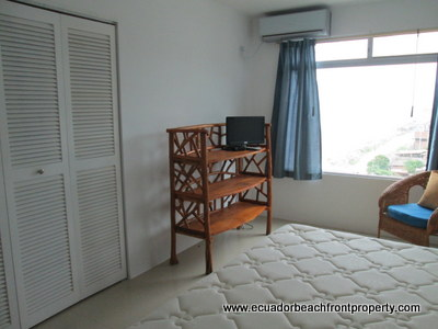 ecuador beach condo fir rent
