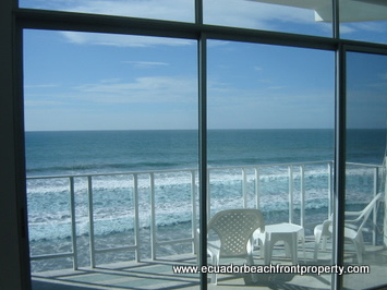 Ecuador beachfront condo for rent