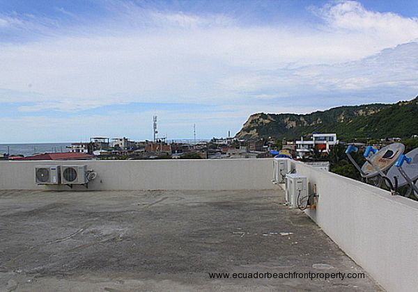 Rooftop has ample space and 360 degree views
