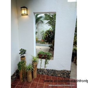 Entryway landscaping details