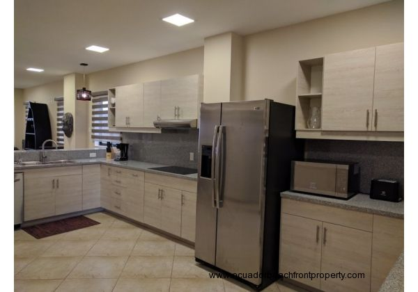 Kitchen comes well-equipped with new stainless appliances