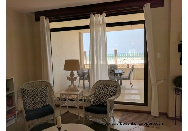 Get cozy and enjoy quiet beachfront living