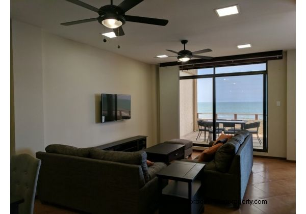 beachfront condo for rent in Ecuador