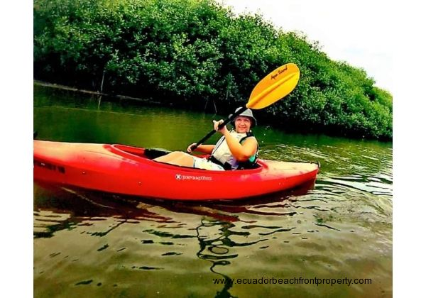 The river is a 3 minute walk from the house and is a relaxing place to kayak, bird watch, or fish