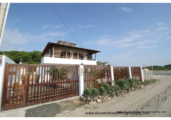 Bed and breakfast for sale in Ecuador
