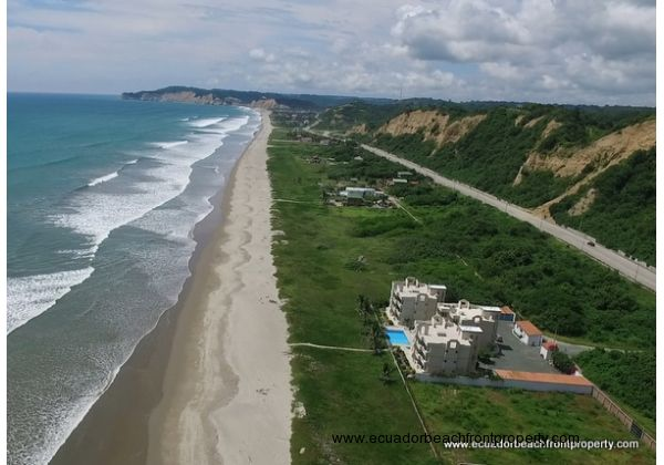 Canoa Beachfront Condo