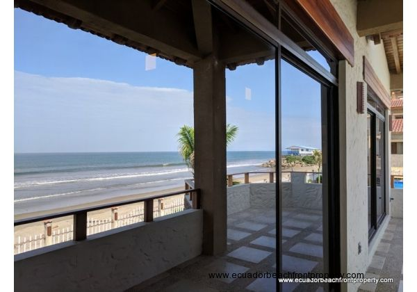 Beach front condo for sale in Ecuador