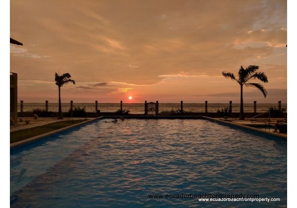 Beachfront condo for sale in San Clemente Ecuador