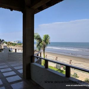 Unobstructed ocean views from the large beach front balcony