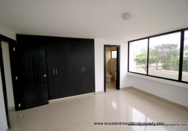 Bahia Ecuador Condo For Sale (12)