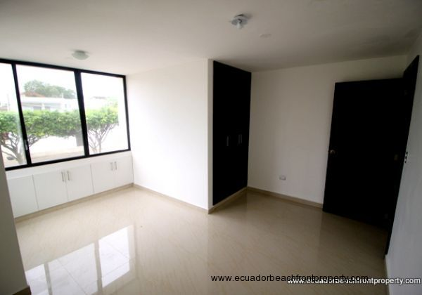 Bahia Ecuador Condo For Sale (16)