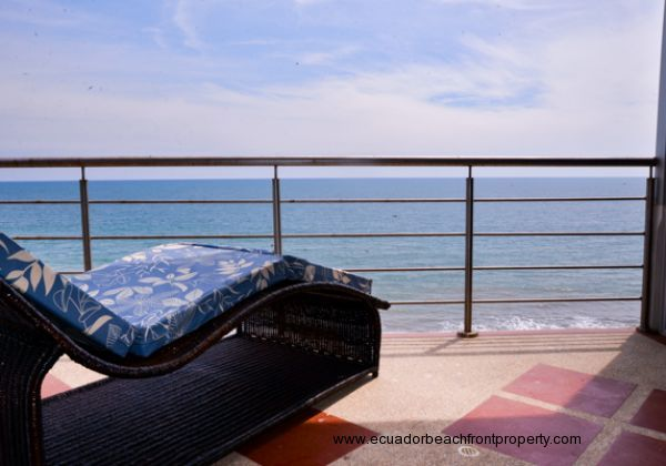 6th Floor Furnished Oceanfront Condo