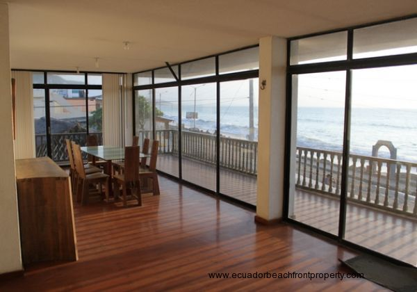 Oceanview dining area