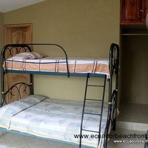 Bunk beds in guest room 2