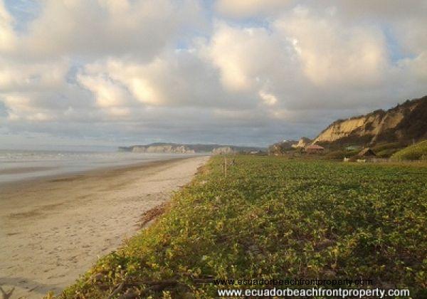 Canoa Beachfront Lot
