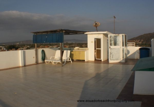 Spacious private rooftop terrace with half bath and kitchen.  What would you do with the space?