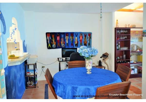 dining area to sunroom