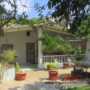 3 bedroom/2 bath garden home
