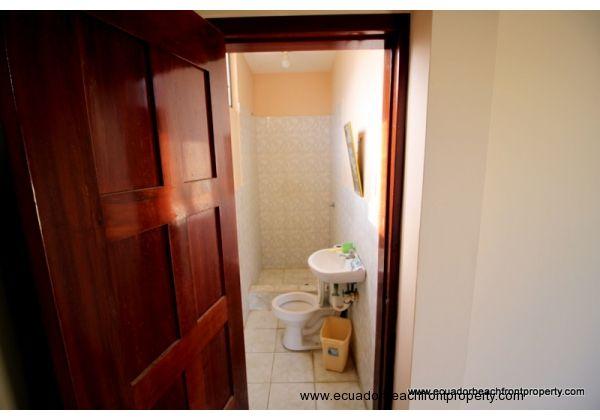 Guest room/caretaker's bath