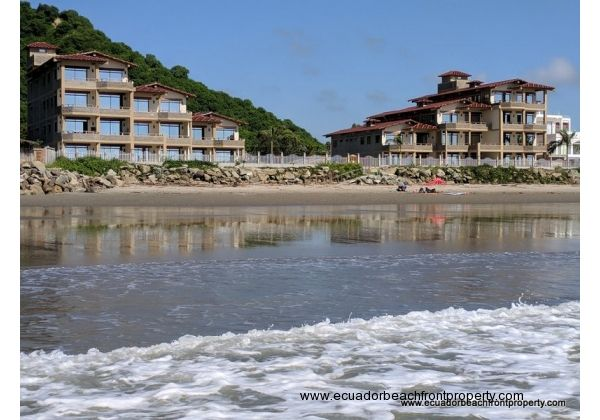 Beachfront condo for rent