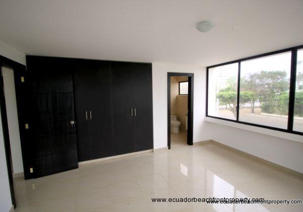 Bahia Ecuador Condo For Sale (12)