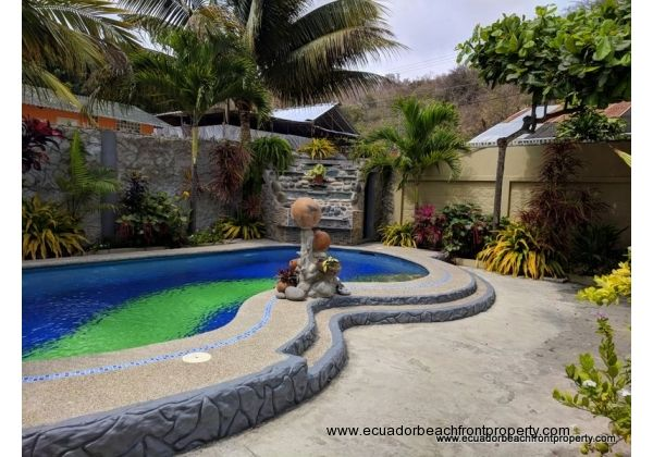 The new swimming pool completes this tropical oasis