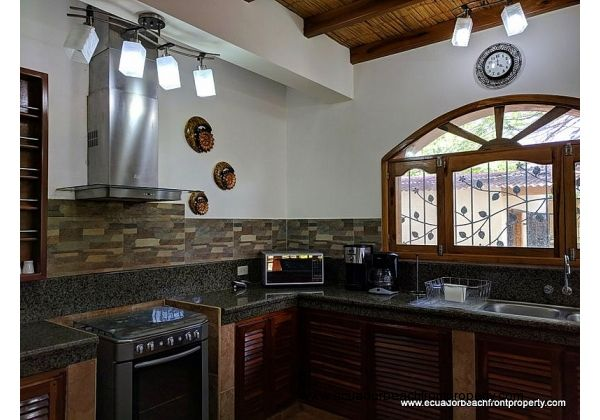 Open and spacious kitchen for entertaining