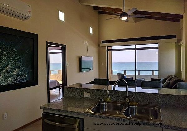 Beachfront Penthouse with Elevator