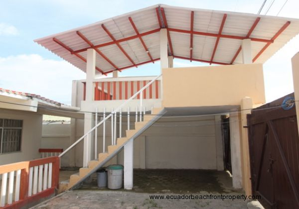 San Clemente Beachfront Estate (31)