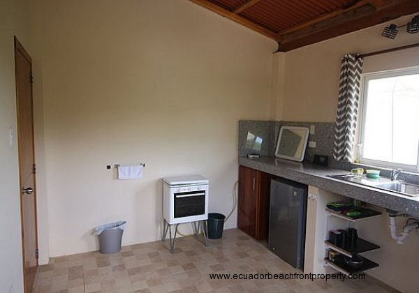 Apt kitchen stove and refrigerator