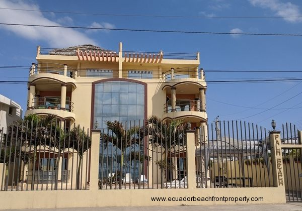 2nd floor beachfront condo for sale in Crucita