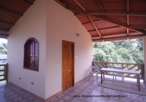Terrace with bonus room