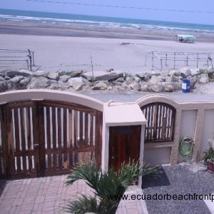Rooftop terrace ocean view and front yard