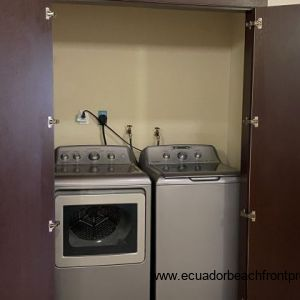 Washer and drier of the dining area.