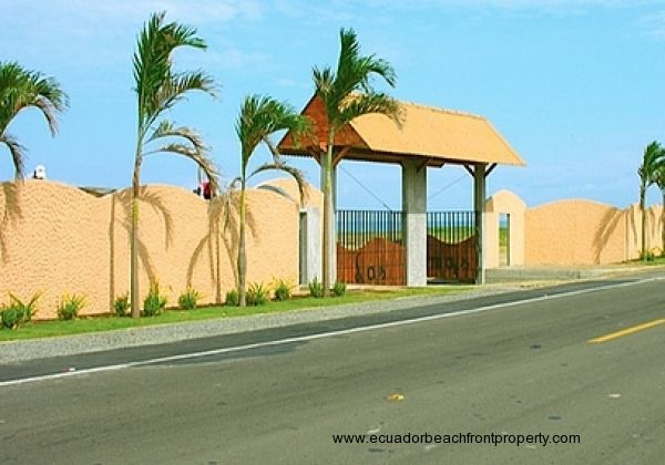 Entrance to Las Palmas community from Ruta del Sol highway